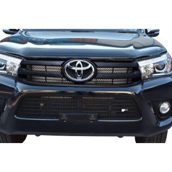Toyota Hilux (AN120 / AN130) - Front Grille Set