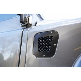 LandRover Defender Fender and Side Grille Set