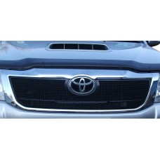 Toyota HiLux – oberer Grill