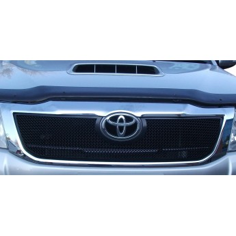 Toyota HiLux - Upper Grille
