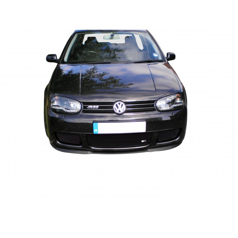Lowered Mk4 R32: VW Golf MarkIV R32